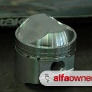 JE High Compression Piston - sweeeeet..