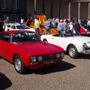 Hopetoun House Italain Car Show 8/10